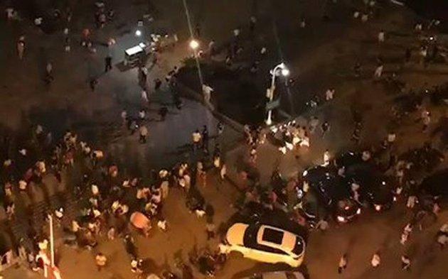 Chine: Un conducteur fonce sur la foule et poignarde des passants, 11 morts et 44 blessés