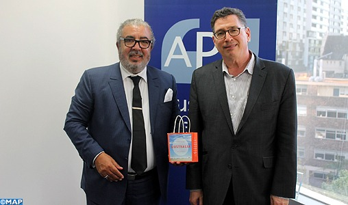 Hachimi Idrissi s'entretient avec le patron du Conseil de presse australien Culture et Média