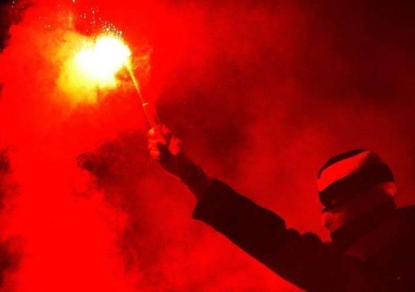 L'IRT et le MAT sanctionnés suite à l'usage de fumigènes par leurs supporters