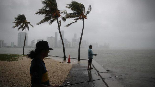 La tempête tropicale Gordon se renforcer en se rapprochant des côtes américaines