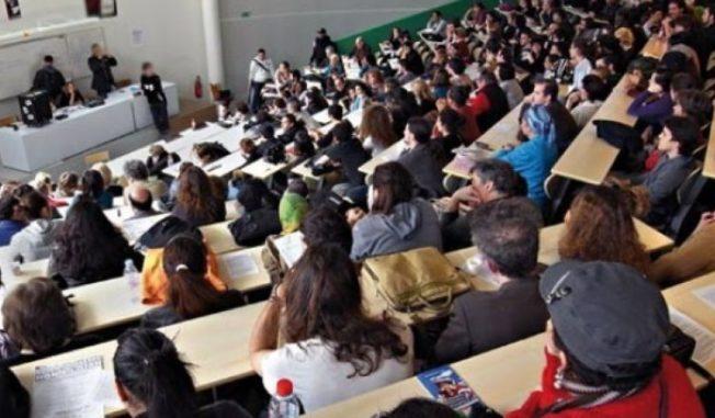 Le ministère de l'Education nationale nie avoir autorisé les titulaires d'un vieux Bac à s'inscrire à l'université