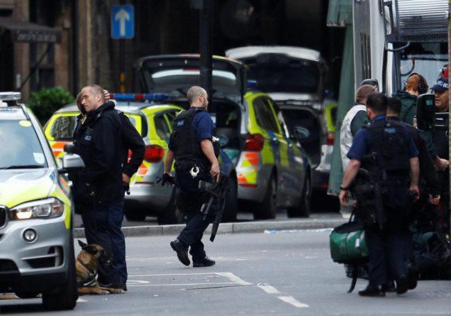 Gares fermées à Londres, la police enquête sur un véhicule suspect