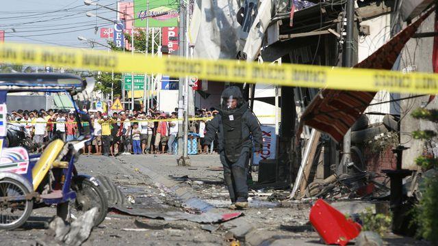 Philippines: un mort et 15 blessés dans l'explosion d'une bombe