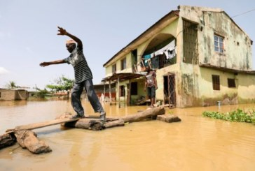 Près de 100 morts dans les inondations au Nigeria