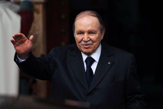 Le président Bouteflika candidat du FLN pour la Présidentielle de 2019