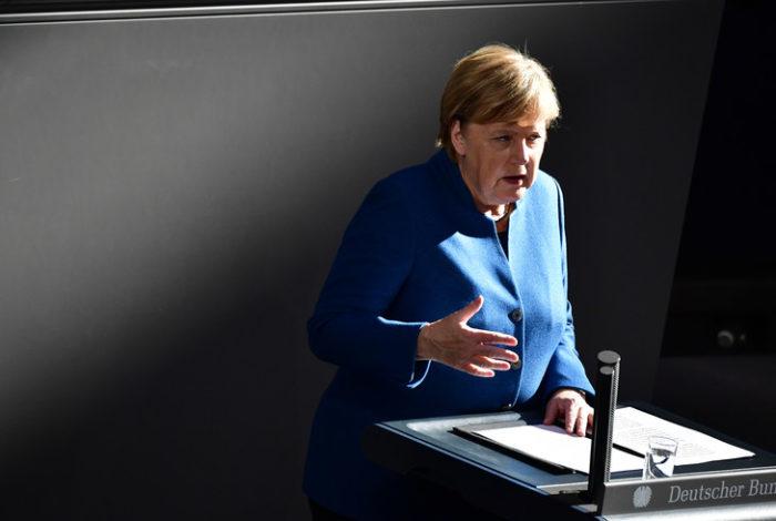 """Merkel estime que la possibilité d'un compromis sur le Brexit est """"toujours là"""""""