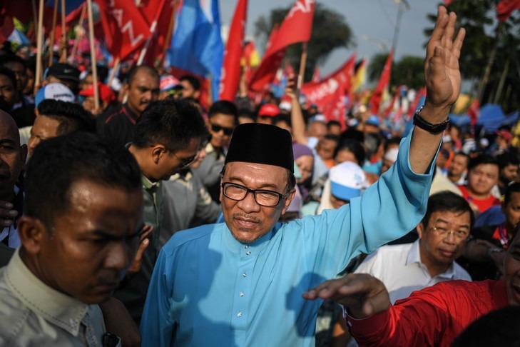 Malaisie: l'ancienne figure de l'opposition Anwar Ibrahim revient sur les devants de la scène politique