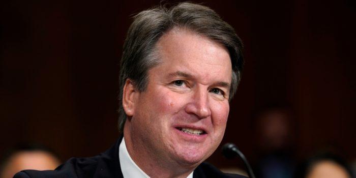 Le Sénat américain confirme la nomination de Brett Kavanaugh à la Cour suprême
