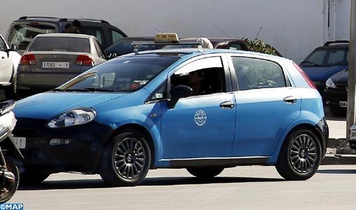 A Rabat des chauffeurs des petits taxis transportent des malades gratuitement