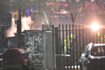 Royaume-Uni: L'hélicoptère du président du club de Leicester City s'écrase près du stade