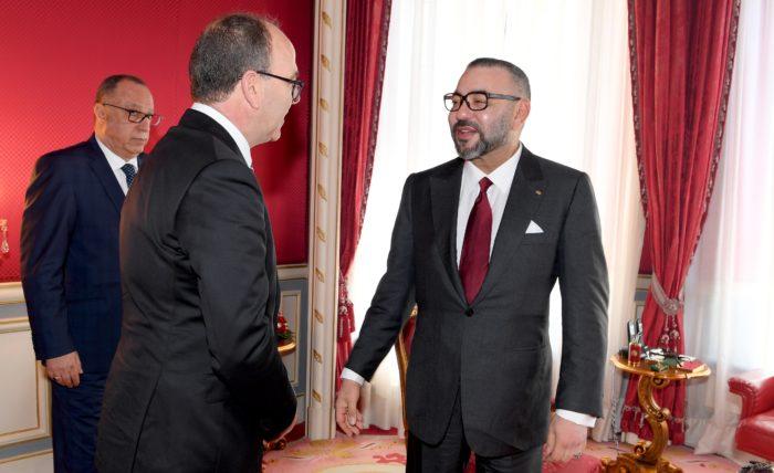 SM le Roi félicite Abdelhakim Benchamach à l'occasion de sa réelection à la tête de la Chambre des conseillers
