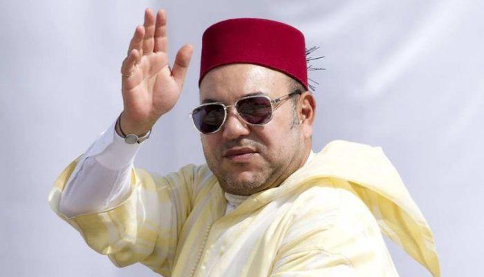SM le Roi, accomplit la prière du Vendredi à la mosquée Koutoubia à Marrakech