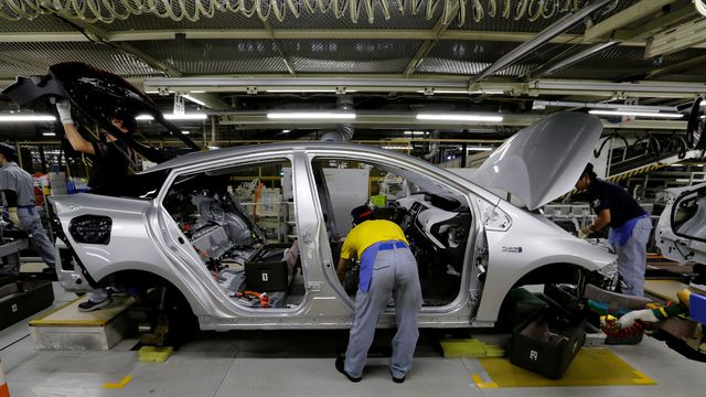 Japon: Plus de 2 millions de voitures hybrides rappelées par Toyota