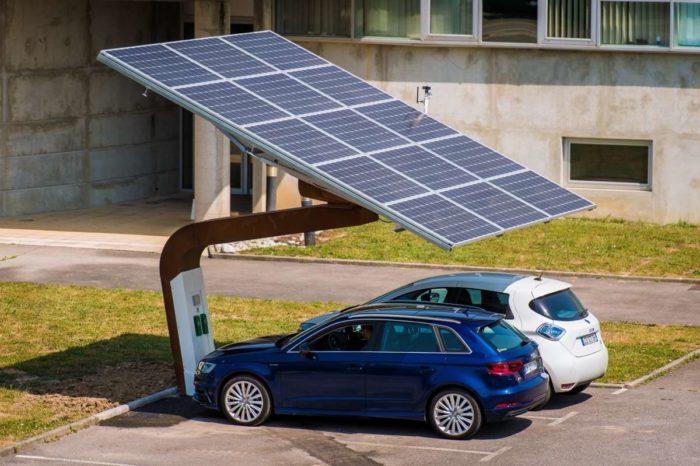 La première ombrière de recharge de véhicules électriques à l'énergie solaire bientôt installée à Rabat