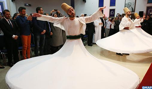 Festival de Fès de la culture soufie: Les derviches et les chants spirituels du groupe Taybah égayent la soirée de clôture