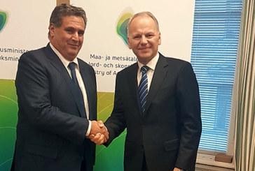 Akhannouch s'entretient avec le ministre finlandais de l'Agriculture et des forêts