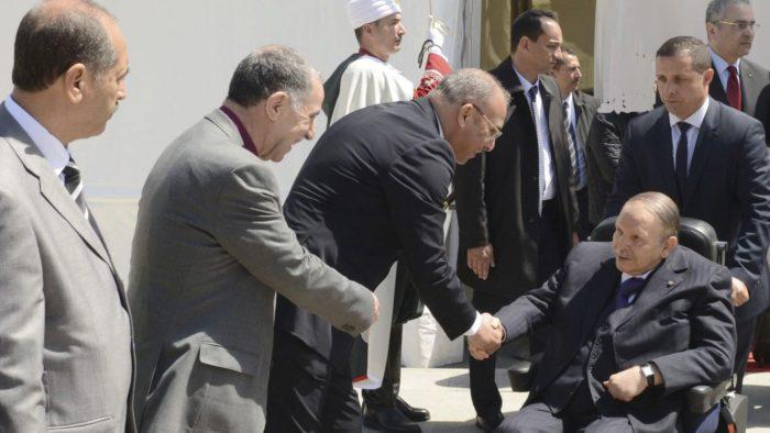 """Boualem Sansal: """"Le système Bouteflika a tout détruit"""""""