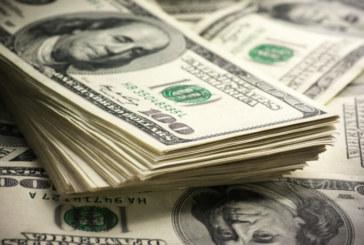 Le dollar perd du terrain face aux principales devises