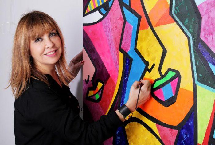 Brésil: l'artiste-peintre Nadia Chellaoui nommée Grand Ambassadeur de Divine Académie