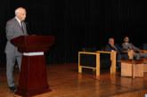 """Présentation à Rabat du livre """"Mohamed El Yazghi: éclairages sur le Sahara"""" du journaliste Youssef Jajili"""