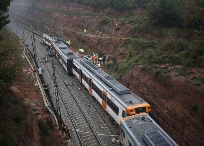 Espagne : un mort et six blessés dans le déraillement d'un train près de Barcelone