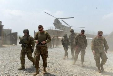 Après la Syrie, Donald Trump ordonne le retrait de la moitié des troupes américaines en Afghanistan