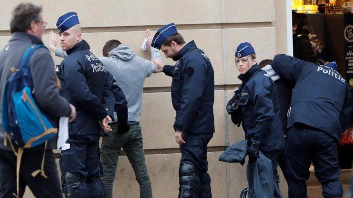 """Mobilisation des """"gilets jaunes"""" à Bruxelles : Une cinquantaine d'arrestations"""