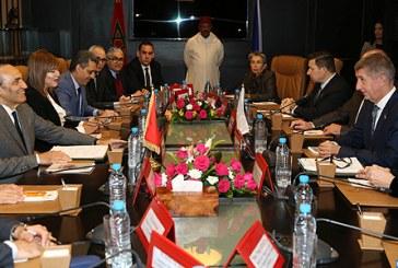 Le Premier ministre tchèque salue l'appel de SM le Roi à un dialogue avec l'Algérie