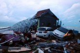 """Tsunami """"volcanique"""" en Indonésie: Plus de 280 morts"""