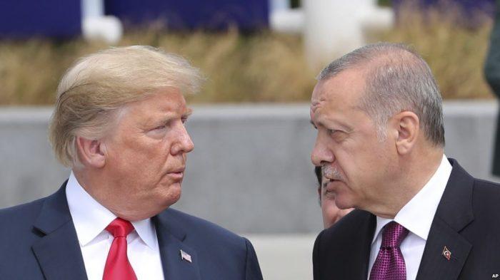 Trump met en garde la Turquie concernant les combattants Kurdes en Syrie