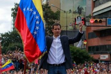 Venezuela: Washington reconnait à Juan Guaido l'autorité de disposer de certains avoirs de son pays aux Etats Unis