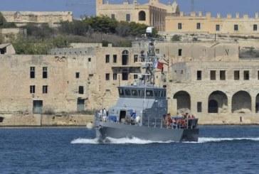 La France prête à accueillir une partie des migrants bloqués près de Malte