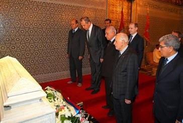 Le ministre russe des Affaires étrangères visite le mausolée Mohammed V