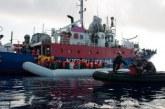 Des ONG appellent la France à «agir au plus vite» pour les 49 migrants bloqués en Méditerranée