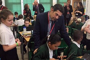 Amzazi prend part à l'exposition britannique de la formation et des technologies de l'éducation BETT 2019