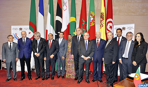 """Les pays du """"Dialogue 5+5"""" saluent le rôle du Comité Al Qods sous la Présidence de SM le Roi"""