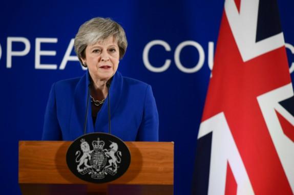Brexit: Theresa May entame une série de pourparlers avec l'opposition pour parvenir à un consensus