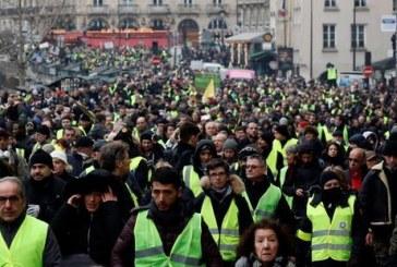 """« Gilets jaunes » : """"50.000"""" manifestants samedi en France"""