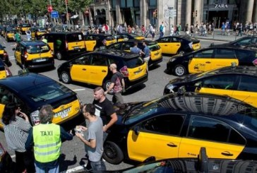 Les taxis de Madrid et Barcelone poursuivent leur grève illimitée