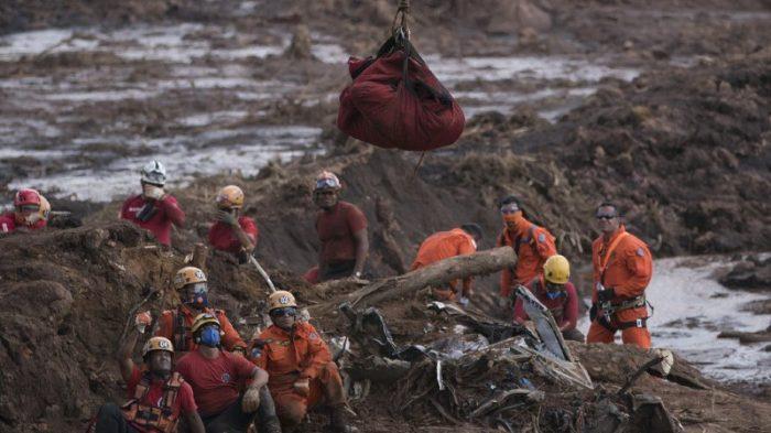 Rupture d'un barrage au sud-est du Brésil: 110 morts et 238 personnes disparues