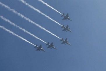 Le Pakistan accuse l'Inde d'incursion et de frappes aériennes
