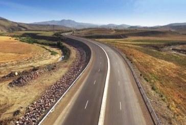 Les travaux de la voie express Tiznit-Laâyoune avancent à bon train