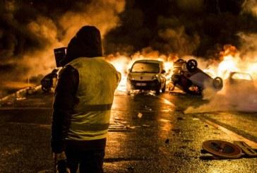 «Gilets jaunes» : Réunion à Matignon après les violences à Paris