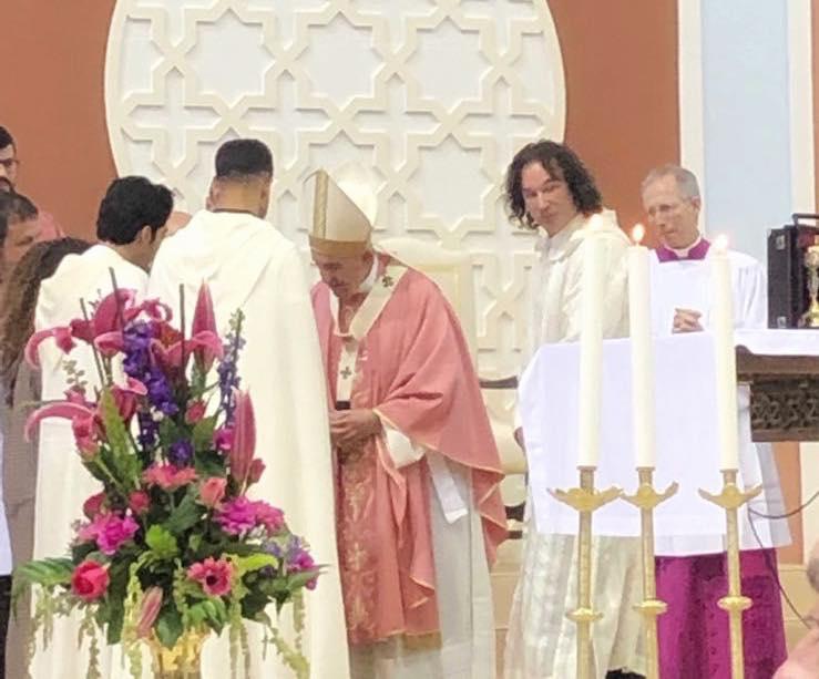 """L'Association """"Marocains Pluriels"""" remet à Sa Sainteté le Pape François """"L'Arganier de la Fraternité"""""""