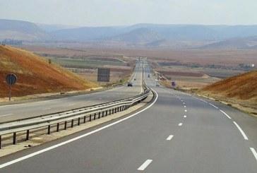 ADM : Travaux de pose de deux passerelles piétons de l'autoroute Rabat-Oujda