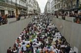 Etudiants et professionnels de Santé défilent contre Bouteflika