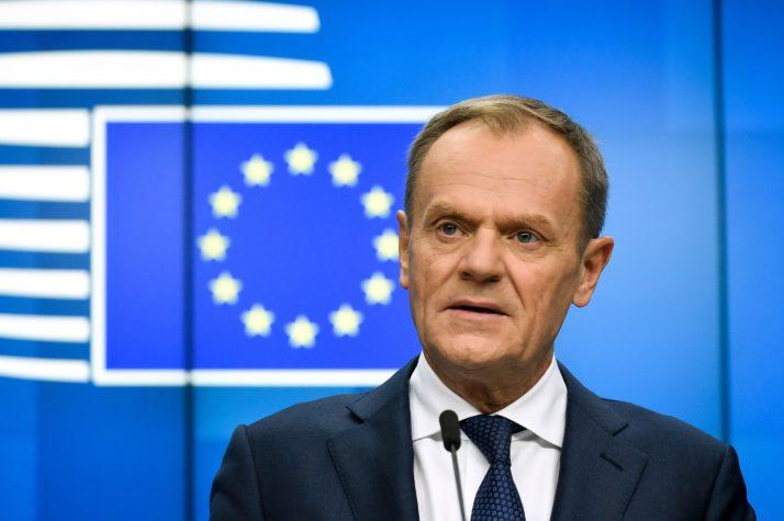 """Un """"court"""" report du Brexit """"possible"""" mais """"sous conditions"""", selon Bruxelles"""
