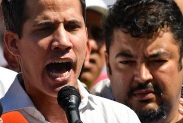 L'UE réclame la libération « immédiate » du chef de cabinet de Juan Guaido