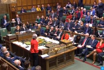 Le Parlement britannique rejette à nouveau l'accord sur le Brexit