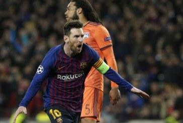 Lyon succombe face au Barça de Messi, qui file en quarts